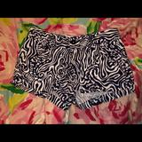 Lilly Pulitzer Shorts | Walsh Short | Color: Blue/White | Size: 00