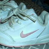 Nike Shoes | #413 Nike Tennis Shoes-White & Pink | Color: Pink/White | Size: 5bb