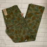 Levi's Pants   New Levis Men Carpenter Slim Fit Pants Camo 32x34   Color: Green   Size: 32