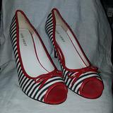 Nine West Shoes | 3 Women'S Peep Toe Shoe Sz 8.5 | Color: Black/Red | Size: 8.5