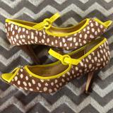 J. Crew Shoes   Animal Printed Peep Toe Kitten Heels   Color: Brown/Yellow   Size: 9.5