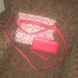 Coach Bags   Cross Body Coral And Cream Colored   Color: Cream/Red   Size: Os
