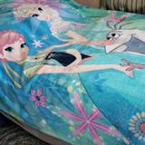 Disney Bedding   Frozen Oversized Throw   Color: Blue/Pink   Size: Os