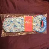 Lilly Pulitzer Other   Brand New Lilly Pulitzer Beverage Wine Totes   Color: Blue/Pink   Size: Os