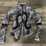Lululemon Athletica Jackets & Coats | Lululemon Reversible Jacket Size 2 | Color: Black | Size: 2