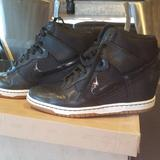 Nike Shoes   Black Nike Sneaker   Color: Black   Size: 9