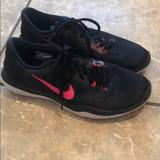 Nike Shoes | Black And Pink Nike Tennis Shoes | Color: Black/Pink | Size: 8.5