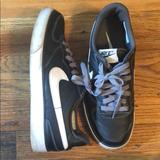 Nike Shoes | Black And White Tennis Shoes With Grey Laces | Color: Black/White | Size: 8