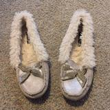 American Eagle Outfitters Shoes | American Eagle Moccasins | Color: White | Size: 8