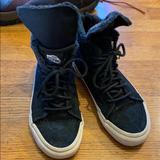 Vans Shoes   Black High Top Vans Fur Lined Water Resistant 6.5   Color: Black   Size: 6.5