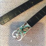 Michael Kors Accessories | (2567). Michael Kors (Michael) Reversible Belt. M | Color: Black/Gold | Size: M