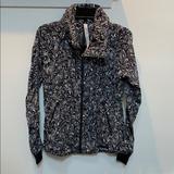 Lululemon Athletica Jackets & Coats | 2017 Seawheeze Lululemon Gather Me Slightly Jacket | Color: Black/White | Size: 4