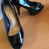 Nine West Shoes | Add To Bundle!! Black Peep Toe Platform Shoe | Color: Black | Size: 9