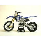 New-Ray Motorcycle Yamaha YZF 450 2017 Miniature Scale 1/12°, 57983, Multicolor
