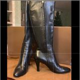 Gucci Shoes | Gucci Knee High Boots In Black Leather | Color: Black | Size: 10b