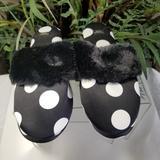 Victoria's Secret Shoes | Comfortable Slippers Nwot | Color: Black/White | Size: L