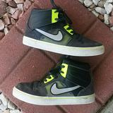 Nike Shoes | Nike Athletic Sneakers Youth Size 6 Gray Black | Color: Black/Gray | Size: 6b