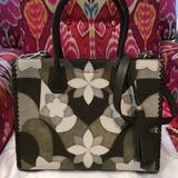 Michael Kors Bags   Michael Kors Mercer Green Leather Nwot Handbag   Color: Green   Size: Large