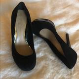 Jessica Simpson Shoes | Jessica Simpson Women Black Suede Pumps Sz 7 | Color: Black | Size: 7