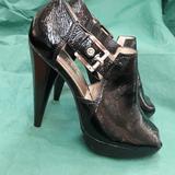 Michael Kors Shoes | Michael Kors Open Toe Platform Sexy Heel Size 6 | Color: Black/Silver | Size: 6