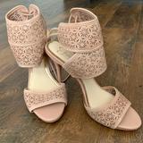 Jessica Simpson Shoes | Jessica Simpson Heels | Color: Cream | Size: 8