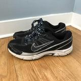 Nike Shoes | Nike 9 Black White Sneakers Star Lace Running Shoe | Color: Black/White | Size: 9