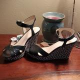 Nine West Shoes | Nine West Black Wedges | Color: Black/White | Size: 8