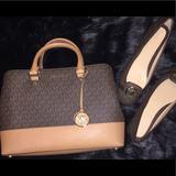 Michael Kors Bags   Michael Kors Large Savannah Satchel   Color: Brown/Tan   Size: 13w X 9-12h X 4-45d