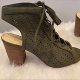 Jessica Simpson Shoes | Jessica Simpson Lace Up Sandals! | Color: Green | Size: 8