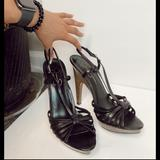 Jessica Simpson Shoes   Jessica Simpsons Black And Wood High Heels   Color: Black/Brown   Size: 8.5