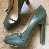 Nine West Shoes   Green Nine West Hope Vintage Style Peeptoe Heels 7   Color: Green   Size: 7