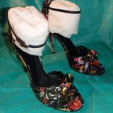 Gucci Shoes | Gucci Multi Flower Satin Formal Shoes Heels | Color: Black/Pink | Size: 9