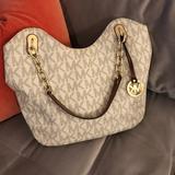 Michael Kors Bags   Michael Kors Purse   Michael Kors Bag   Color: Cream/Gold   Size: 16 X 10