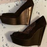 Jessica Simpson Shoes | Black Platform Open Toe Pumps | Color: Black | Size: 8.5