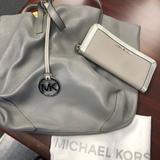 Michael Kors Bags | Michael Kors Leather Reversible Tote & Wallet | Color: Gray | Size: Tote 17.5x12x6 Wallet 8x4x1