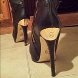 Michael Kors Shoes | Michael Kors Black Leather Kneehigh Boot Size 10m | Color: Black | Size: 10
