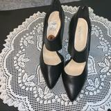 Nine West Shoes   Nine West 5in Leather Pointed Toe Heels   Color: Black   Size: 8