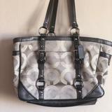 Coach Bags   Coach Shoulder Bag   Color: Gray/Silver   Size: Medium Size