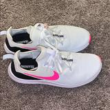 Nike Shoes | Nike Womens Tennis Shoes | Color: Pink/White | Size: 8.5