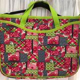 Lilly Pulitzer Accessories | Lilly Pulitzer Laptop Bag | Color: Green/Pink | Size: Os