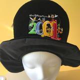 Disney Accessories | Disney Mad Hatter 2001 Velvet Hat Nwt | Color: Black | Size: Osbb