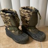 Columbia Shoes   Columbia Boys Snow Boots   Color: Green/Tan   Size: 2b