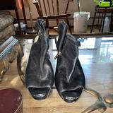 Jessica Simpson Shoes | Jessica Simpson Gold Studded Wedge | Color: Black | Size: 10