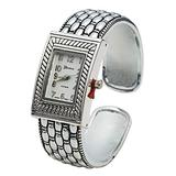 Blekon Collections Quartz Womens 21mm Case Scaled Patterned Bangle Watch (Silver)