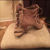 Jessica Simpson Shoes | Never Worn Sexy Heels!! | Color: Tan | Size: 9