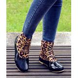 ROSY Women's Casual boots Leopard - Black & Tan Leopard Lace-Up Duck Boot - Women