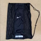 Nike Other   Nike Mesh Sports Ball Bag   Color: Black   Size: Os