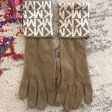 Michael Kors Accessories   Michael Kor Tan Gloves   Color: Tan   Size: Os