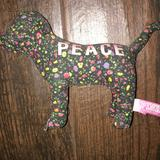 Pink Victoria's Secret Accents   Floral Peace Pink Dog   Color: Green/Pink   Size: Os