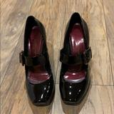 Jessica Simpson Shoes | Jessica Simpson Patent Leather Mary Janes | Color: Black | Size: 6.5